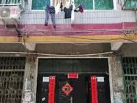低价出售孝昌城区红胜街60号门面商住楼